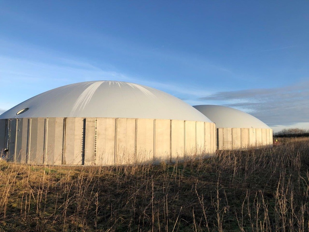 Leeming-Bar-Biogas-Tanks